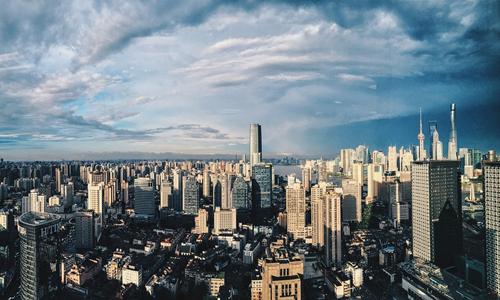 上海新推90余万方纯宅地 自持出租物业超13万方