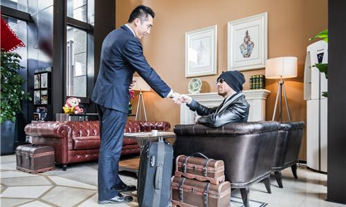 恺信亚洲私人管家Simon:英式管家服务 贴心、全面的服务