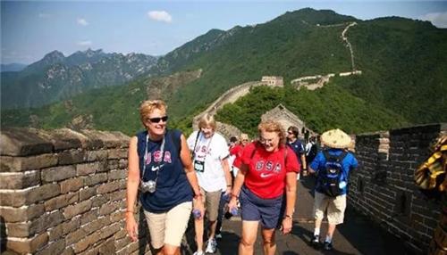 美国总统访华签了2535亿订单 美国的旅游市场到底有多大?