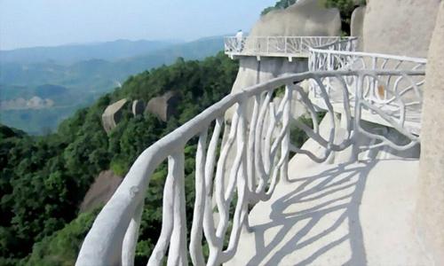宝泉旅游投资2830万元建悬空栈道的焦虑点在哪里?