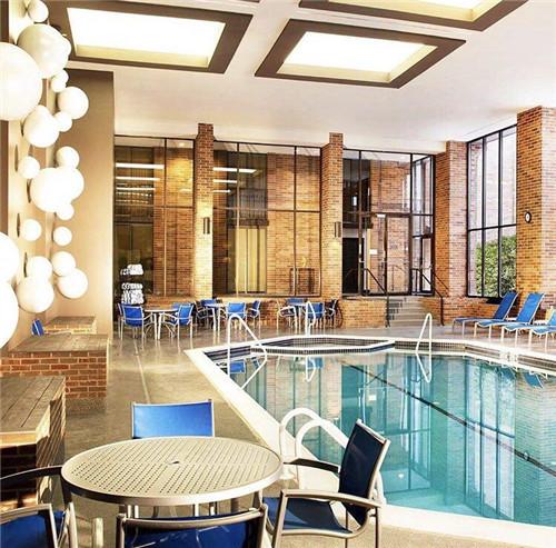 酒店巨头希尔顿的服务口碑是如何练就的?