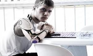 Ocado协作机器人可帮助工程师完成工作