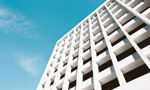 龙湖地产拟更名为龙湖集团 协同整合长租公寓等业务