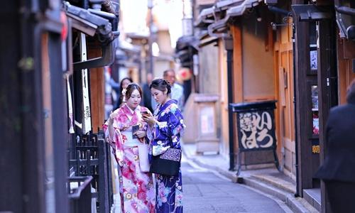 """以""""为国争光""""的名义做民宿 薛蛮子买下日本一条街"""