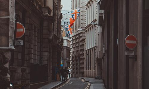 英国租客去年交了516亿镑房租 95后房租涨最快