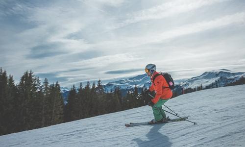 部分雪场存缺陷 滑雪受伤纠纷诉讼逐年增多