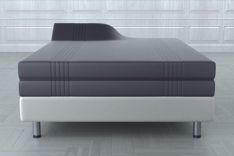 随意变形的床垫,他们相信用户会为它的高价而买单