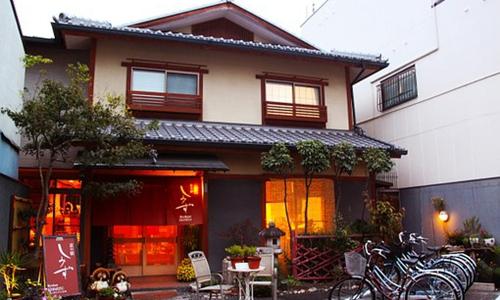 日本多地出台民宿规定强化管制 华人房东很忧愁