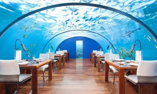 世界首个水下别墅酒店将于今年年底前开业