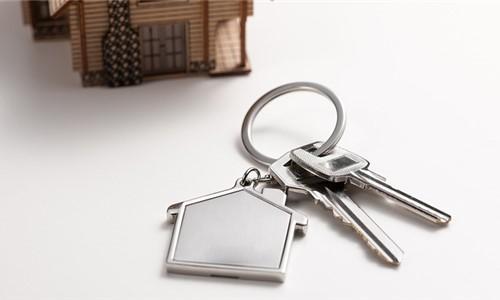 任志强:竞地价导致天价房 租赁市场没有政府不行