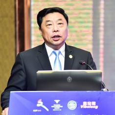 中国旅游饭店协会副会长  何庄龙